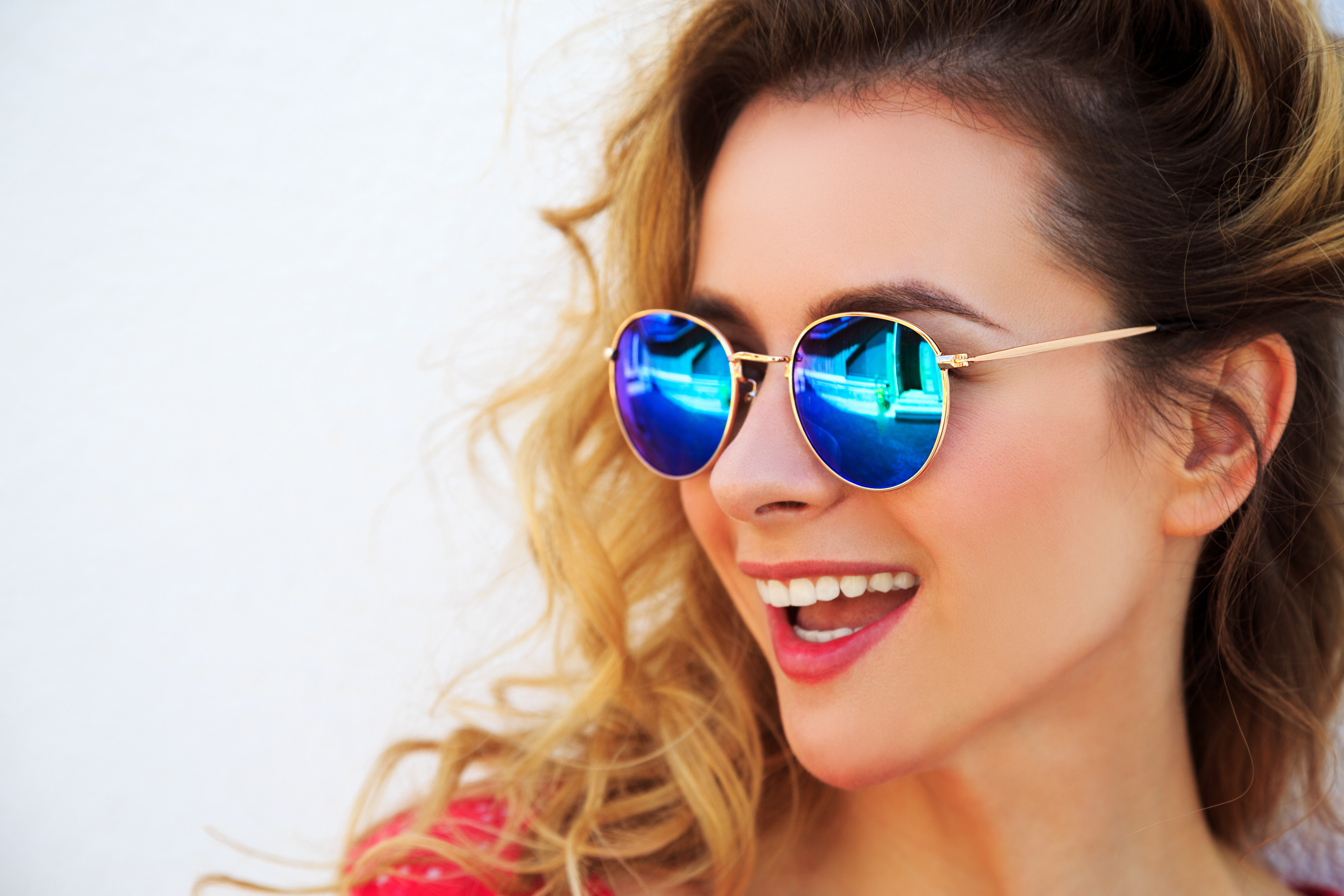5cc4b47453 ... there s more to sunglasses than looking good in them. You need quality  lenses that protect your eyes from dangerous UV rays